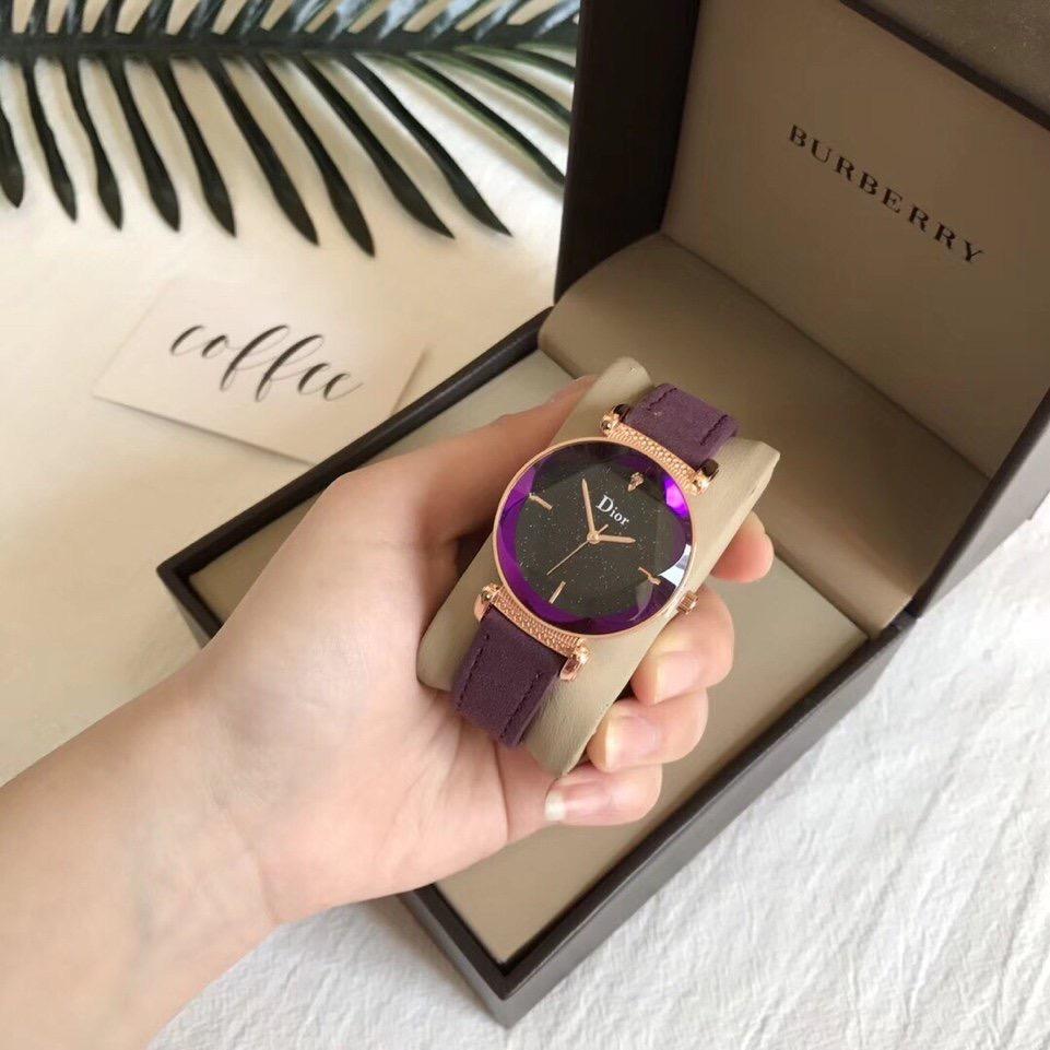 đồng hồ món quà thời thượng tặng các sếp