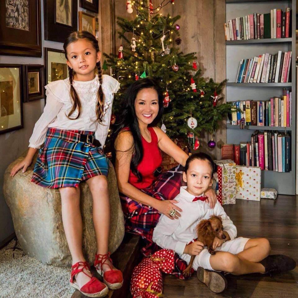 Dành Cho Con Cuộc sống của mẹ con ca sĩ Hồng Nhung sau khi chồng cũ tái hôn