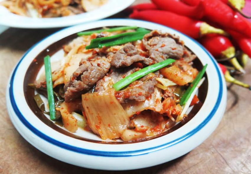 Kim chi xào thịt bò