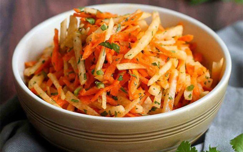 Salad củ sắn cà rốt