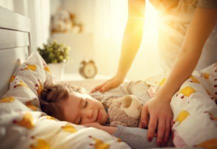 6 cách đơn giản giúp ngăn ngừa bệnh sốt xuất huyết ở trẻ em khi có dịch