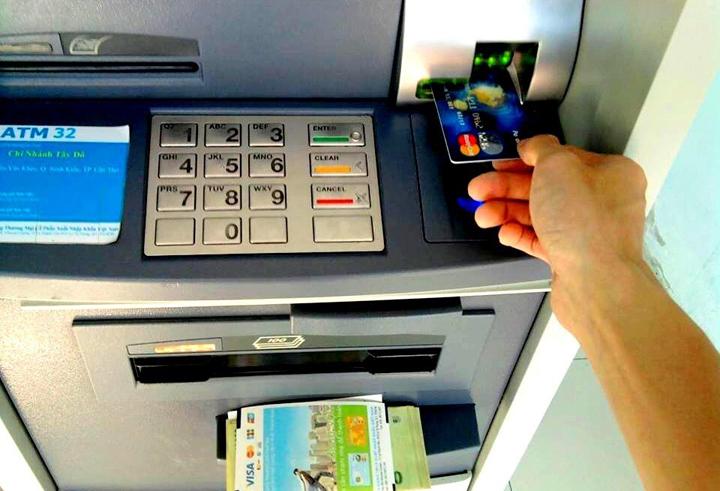 Chuyển tiền khác ngân hàng tại trụ ATM