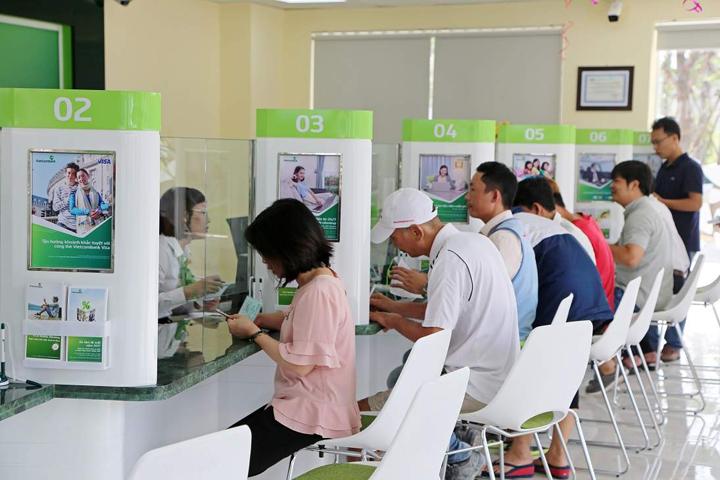 Vì sao cần biết Vietcombank liên kết với ngân hàng nào?